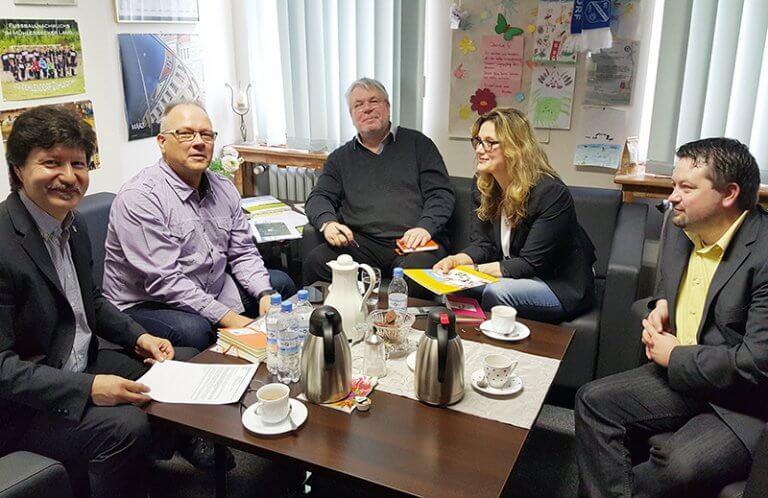Gewerbeverein-Muehlenbecker-Land-Neueroeffnung-Dialog-Gemeindevertreter