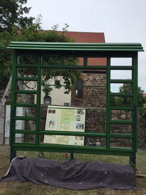 Sanierung der Werbetafel in Schönfließ 6